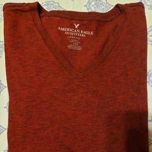 American Eagle Mens Large V-Neck Legend T-shirt